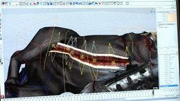 利用拉链技术(zipper tech)来设定人马伤口撕裂后的动态效果