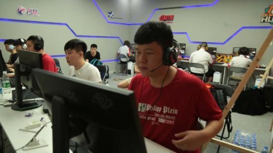 CFS2015中国区总决赛 EP汉宫地球晋级广州线下赛