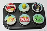 《愤怒的小鸟》创意DIY蛋糕