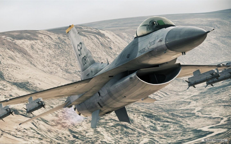 《皇牌空战7:突击地平线》壁纸7