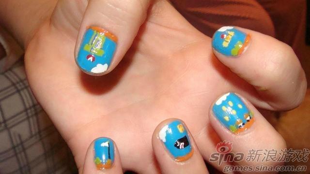 美女指甲上彩绘游戏