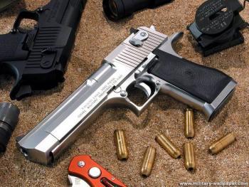 特种部队枪支揭秘手枪之王沙漠之鹰