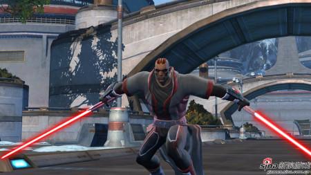 新浪游戏_双剑对砍 《星球大战OL》西斯武士视频