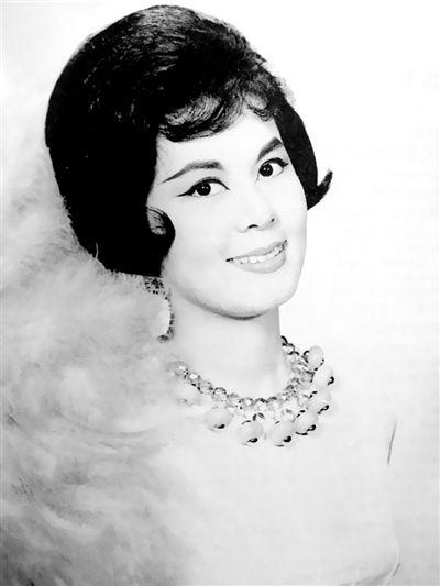 1964年7月17日,女明星林黛在寓所服食过量安眠药兼吸入煤气自杀。