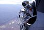 男子太空边缘跳伞