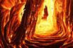 熔岩迸发壮观景象