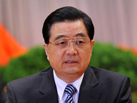 胡锦涛:继续加大保障房建设投入