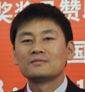 杨鑫:要借助平台多做宣传推广