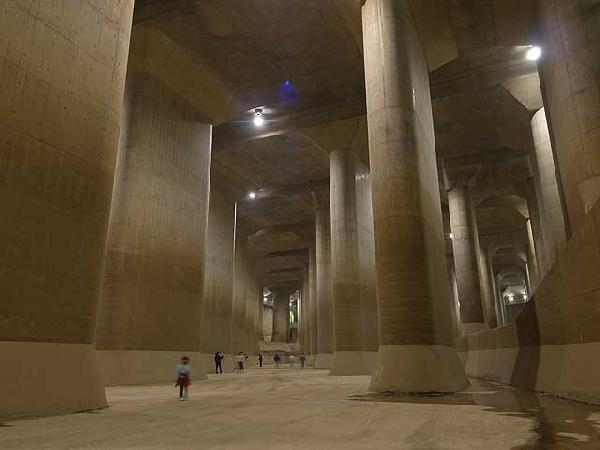日本先进的地下排水系统