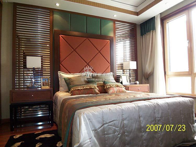 金隅山墅 样板间展示 泰式卧室图片