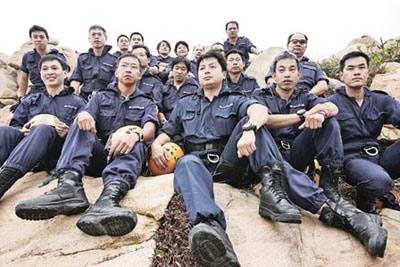 探秘香港高空搜查队:将为北京奥运马术赛保安