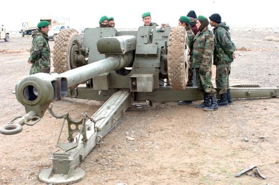 俄罗斯将考虑恢复向阿富汗供应俄产武器(图)