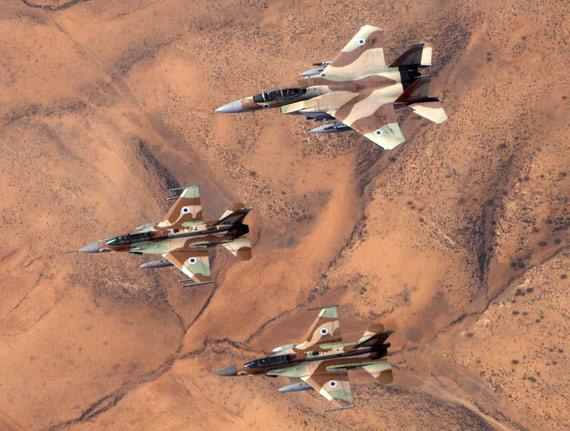 资料图:以色列空军的美制F-15战斗机