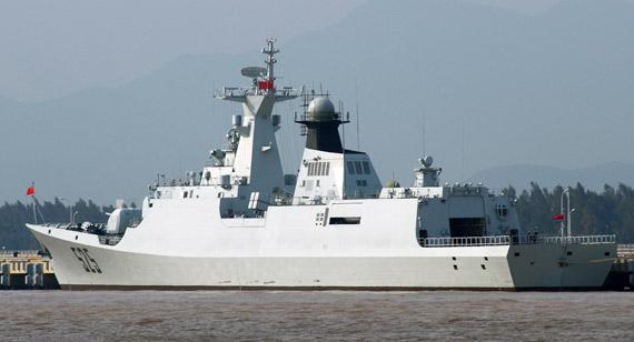 国产新型054级新护525舰