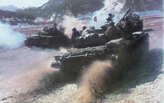 资料图:朝鲜人民军坦克进行作战演练