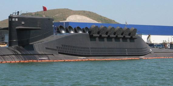 """媒体称中国海军的新型""""晋""""级(094)战略核潜艇可搭载12枚射程超过7200公里的JL-2型导弹。资料图:网上流传的中国094核潜艇图片"""