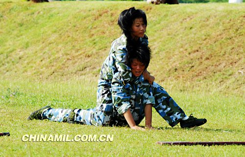 Chinese women Marines training course - Fitness Arrest 。