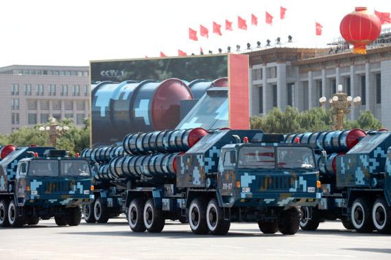 国产红旗-9型地空导弹参加国庆阅兵