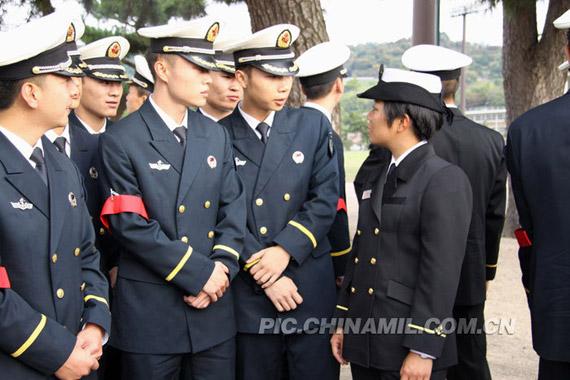 我访日军人参观广岛原子弹轰炸遗址及日方军舰!!