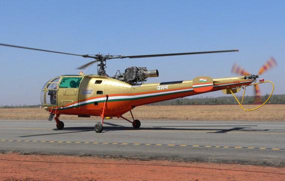 印度陆航装备的老式猎豹多用途直升机