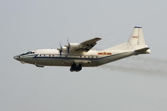 中国空军目前有大批中型运八运输机在役,但极其缺乏大型运输机。