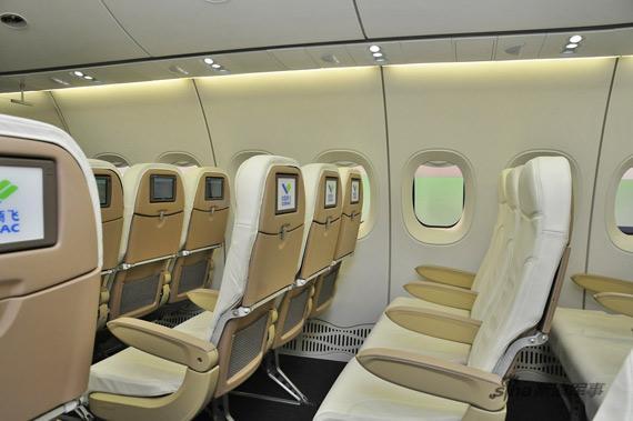 C919客机客舱 新浪特约摄影:冰凉