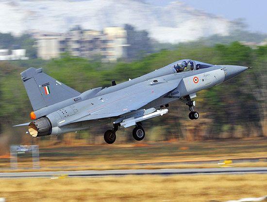 印度国产LCA轻型战机