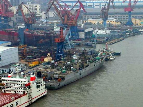 资料图:江南造船厂为海军建造的护卫舰。