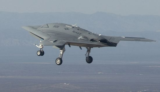 new type of U.S. X-47B UAV February 4, first test flight.