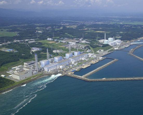 资料图:地震前的日本福岛第一核电站