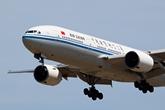 国航波音777双通道宽体客机