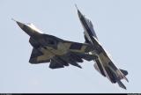 T50双机编队进行飞行表演
