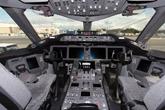 波音787驾驶舱细节