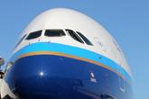 南航首架A380机头特写