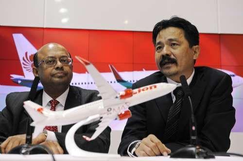 波音与印尼狮航签署一份总值224亿美元订单,共230架新机,创波音历来订单之最。