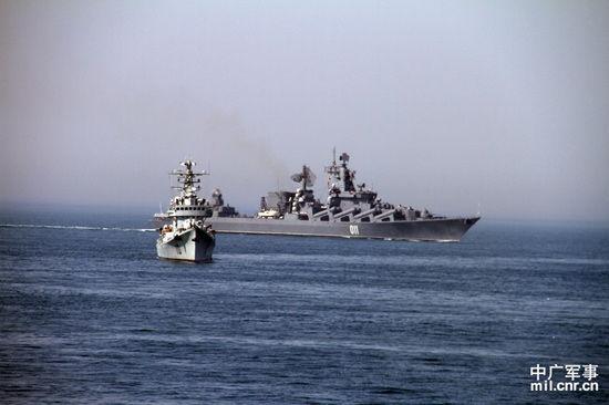 准备参加实际使用武器演练的俄舰