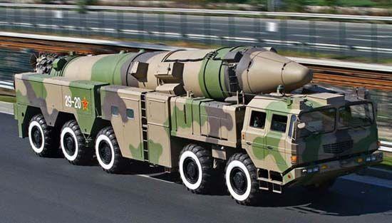 资料图:DF-21弹道导弹。