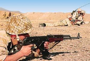 驻守在伊朗与阿富汗边境地区的伊朗军人