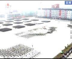 朝鲜大型阅兵方阵