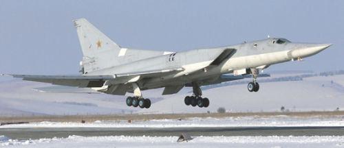 资料图:出售图-22M3远程轰炸机