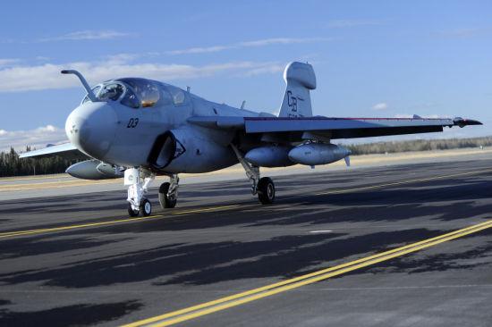 资料图:美国海军EA-6B徘徊者电子战机