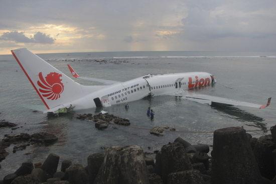 印尼客机14日坠海事故令一些业界人士担心,廉价航空运营商如果迅速扩张,可能带来飞行安全隐患。