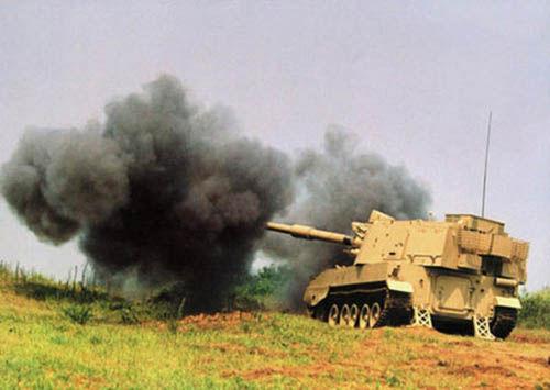 出口型PLZ-45自行榴弹炮试射。(资料图)