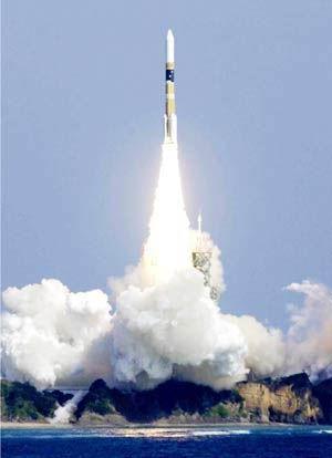 日本H2A型火箭发射。日本在火箭和制导技术上都没有障碍