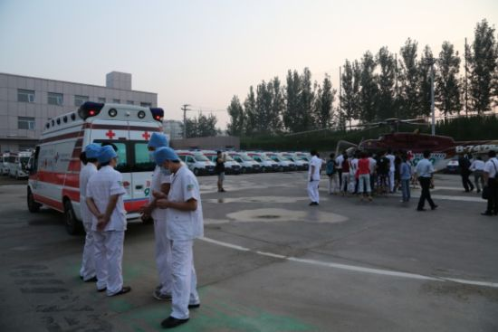 国内直升机与公务机首次联合国际航空救援。