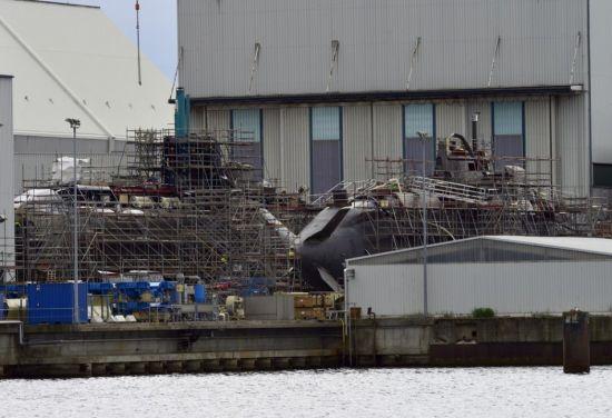 德国造船厂内的潜艇