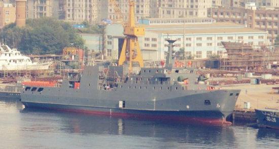 资料图:网上流传的中国新型支援舰图片。