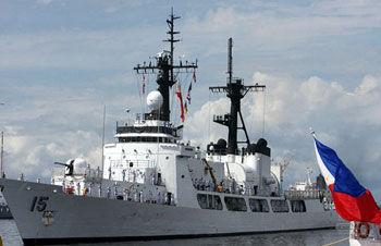 """菲方要""""适时""""派出军舰前往南海应对中国"""
