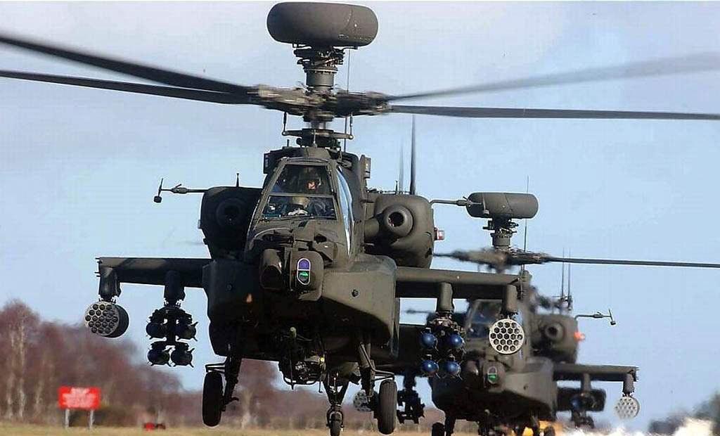 美军AH-64D长弓阿帕奇武装直升机