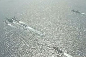中国海军三大舰队在南海对抗演习
